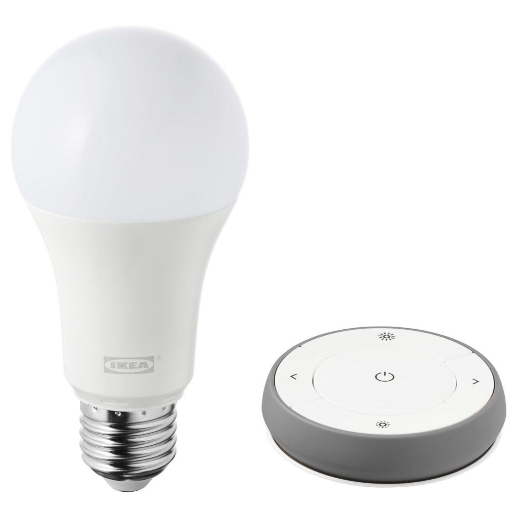 イケアのスマート電球とリモコン