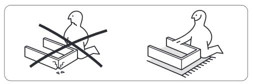 IKEAのBILLY組み立ては下に敷物