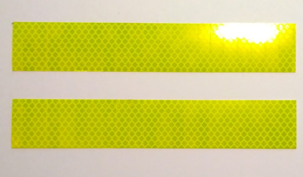 ボルボワットの黄色の反射テープ